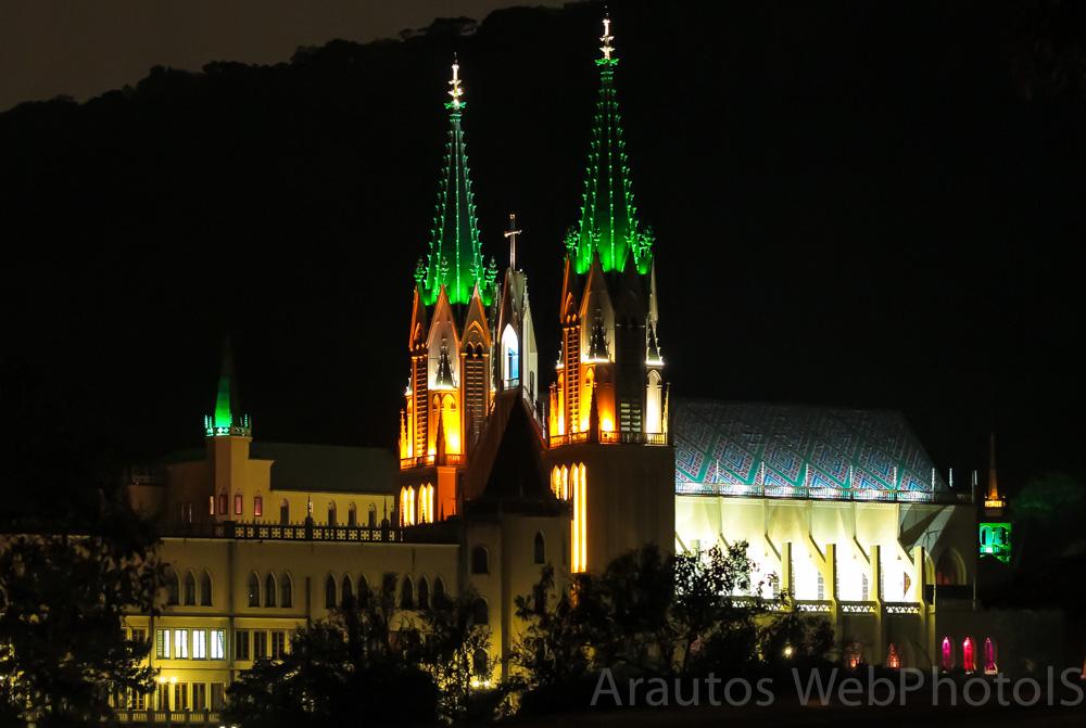 arautos-divina-providencia-igreja-do-tabor-iluminada-no-natal2