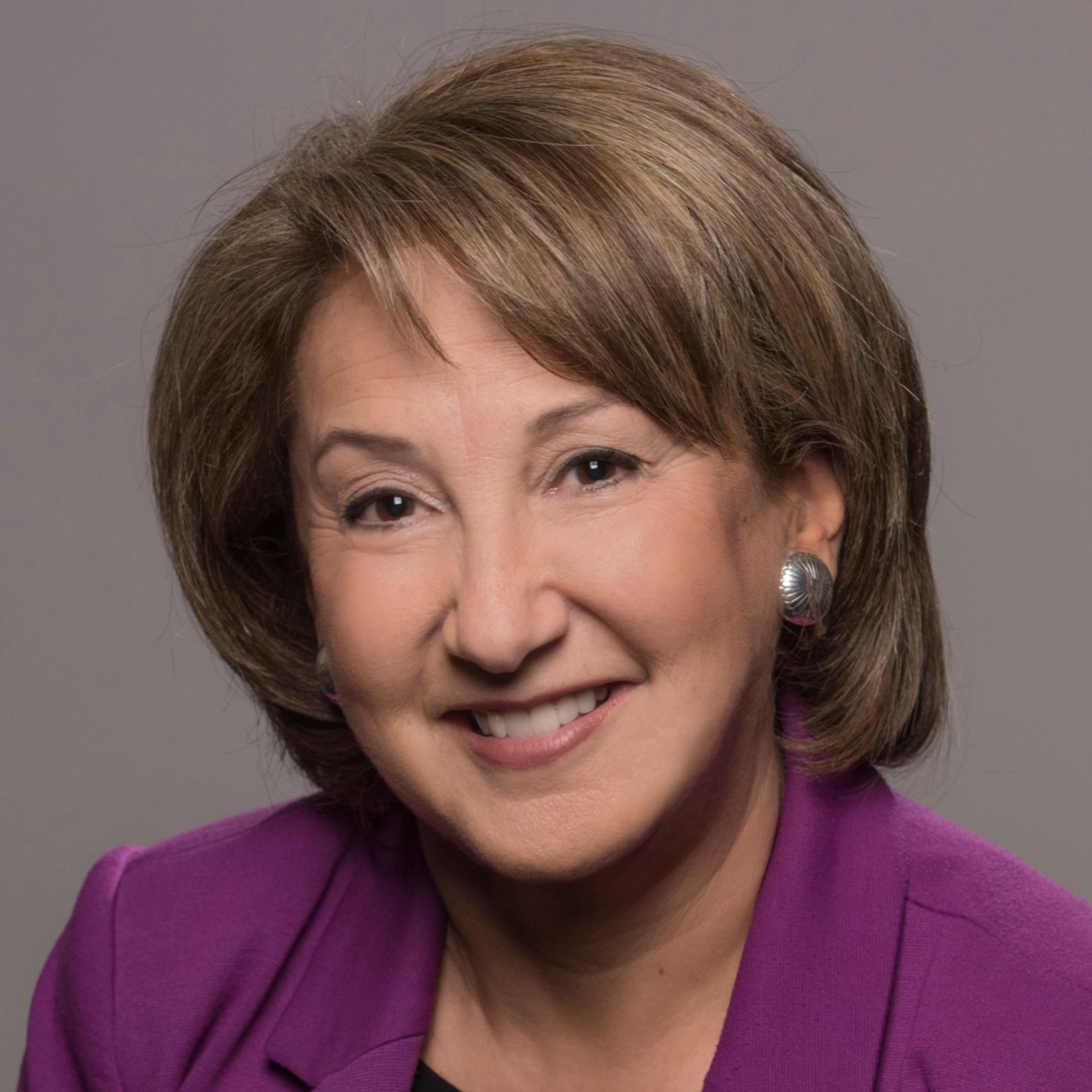 Headshot of Sari Horwitz