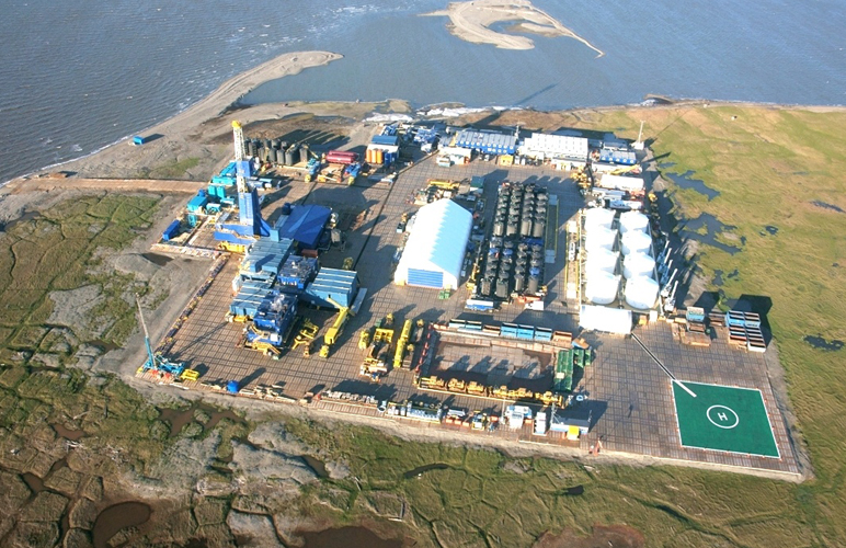 The Exxon Mobil facility at Point Thomson in northern Alaska. (Business wire)