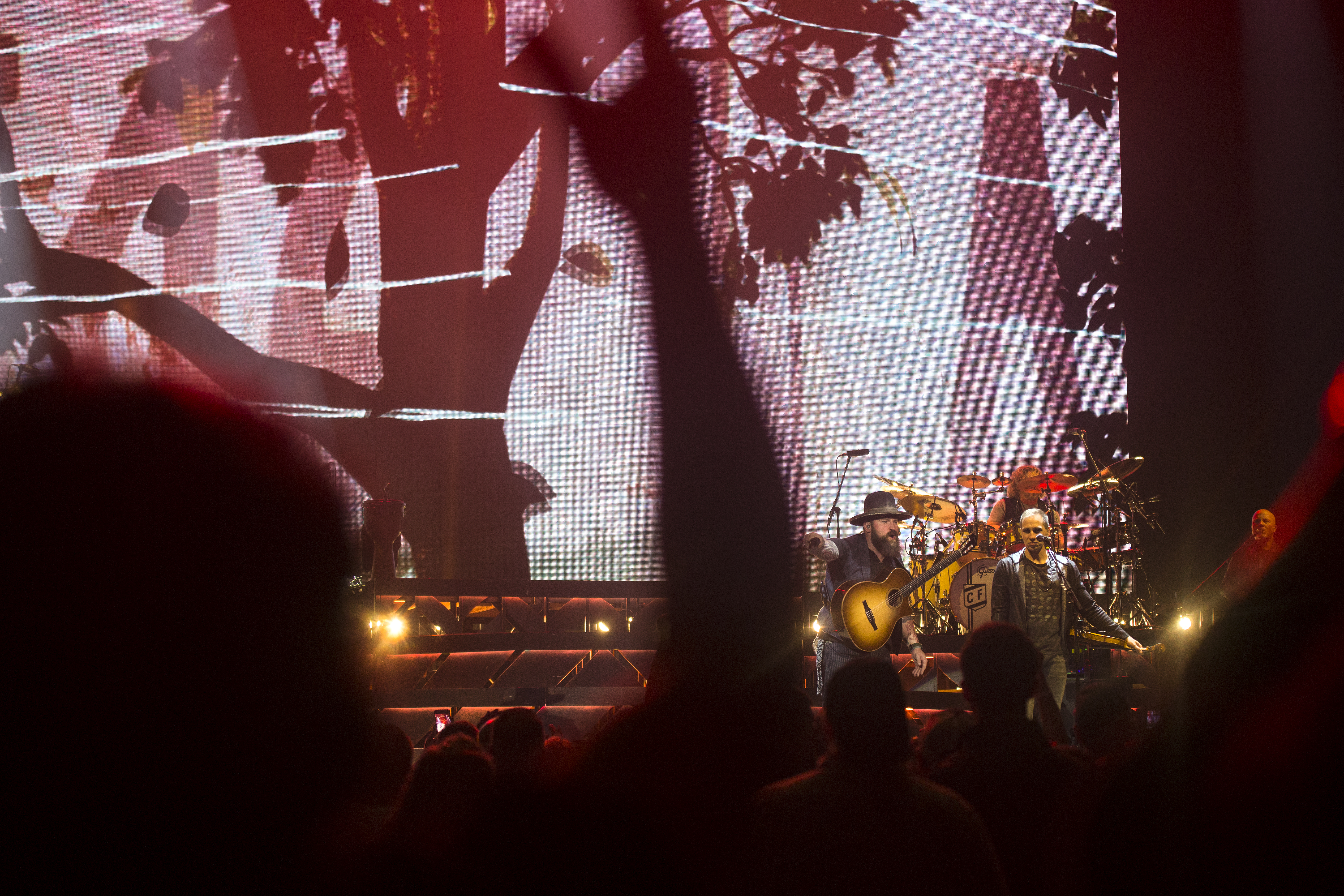 Zac Brown Band welcomes fans into the fold at Alaska Airlines Center