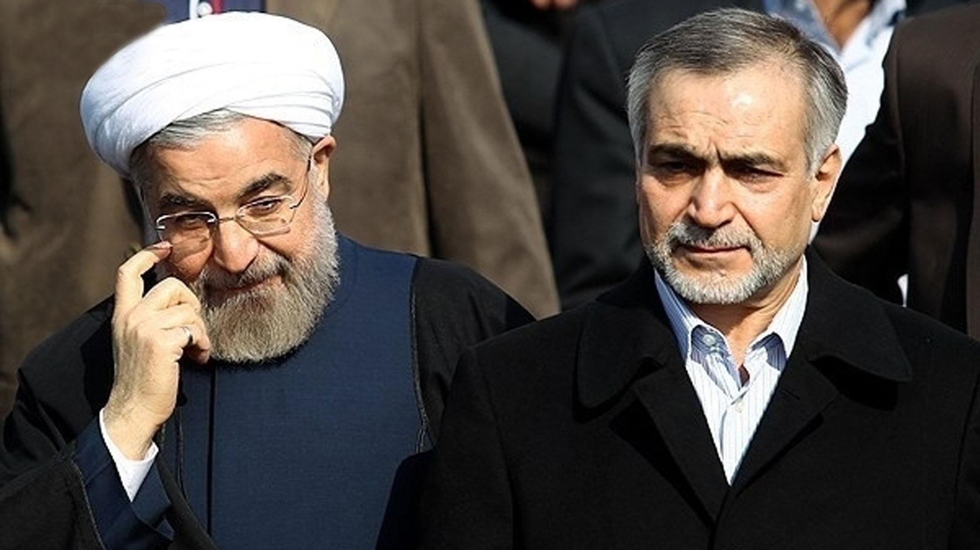 El presidente iraní Hasan Rouhani junto a su hermano, Hossein,arrestado por corrupción