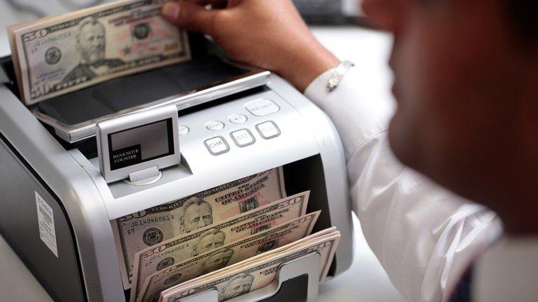 La divisa de EEUU asciende un 6,6% desde que empezó el año.