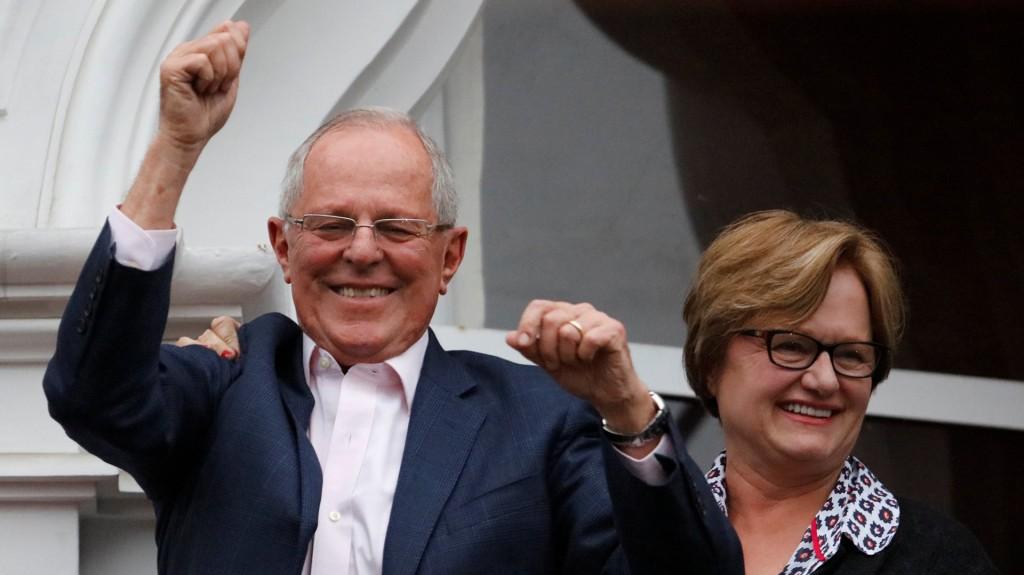Pedro Pablo Kuczynski junto a su esposa, Nancy Ann Lange (Reuters)