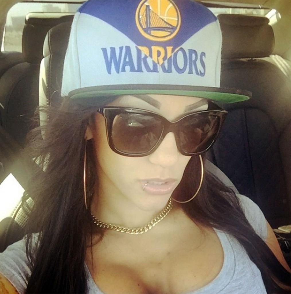 Roni Rose es fanática de Golden State Warriors