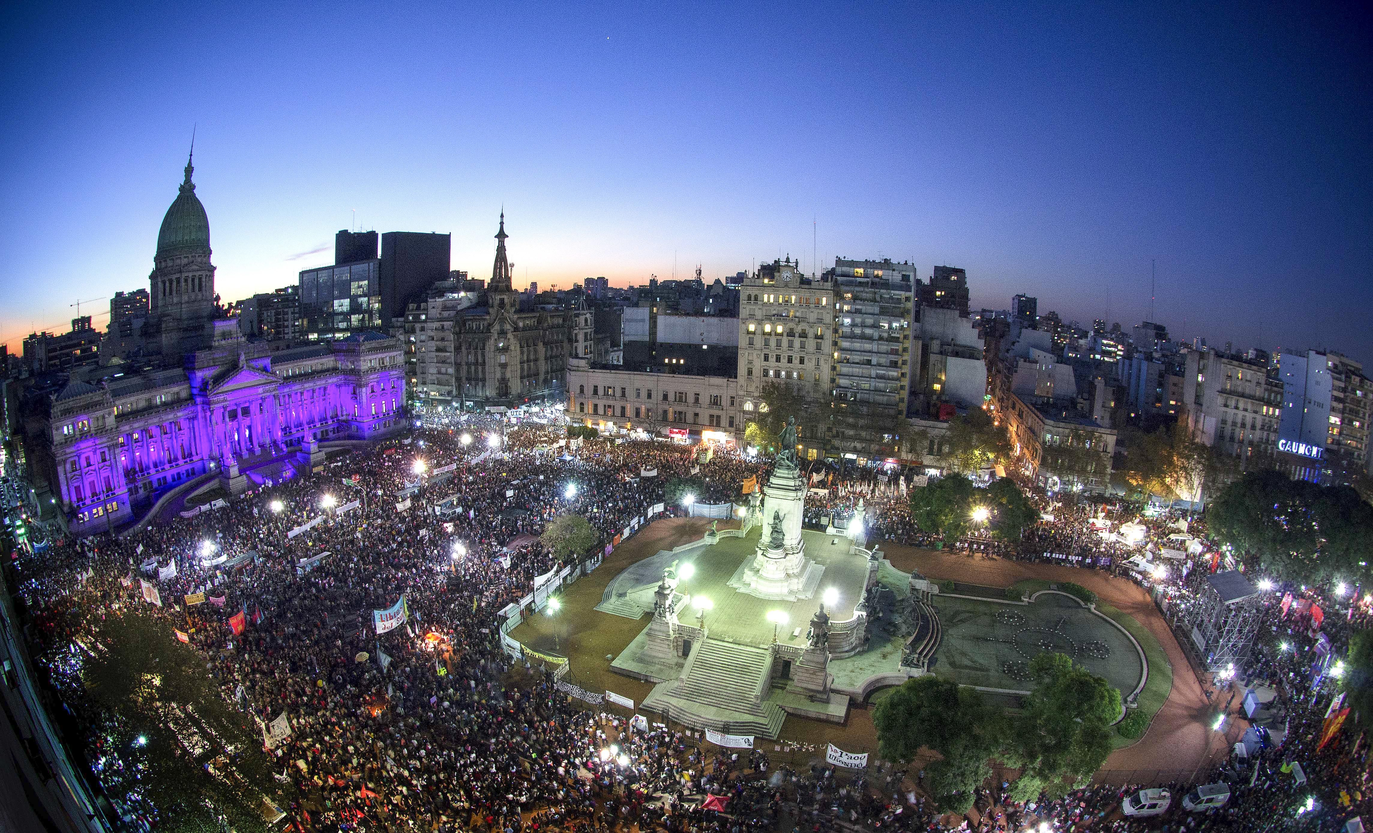 La Plaza del Congreso en la primera convocatoria de NiUnaMenos, el 3 de junio de 2015(NA)