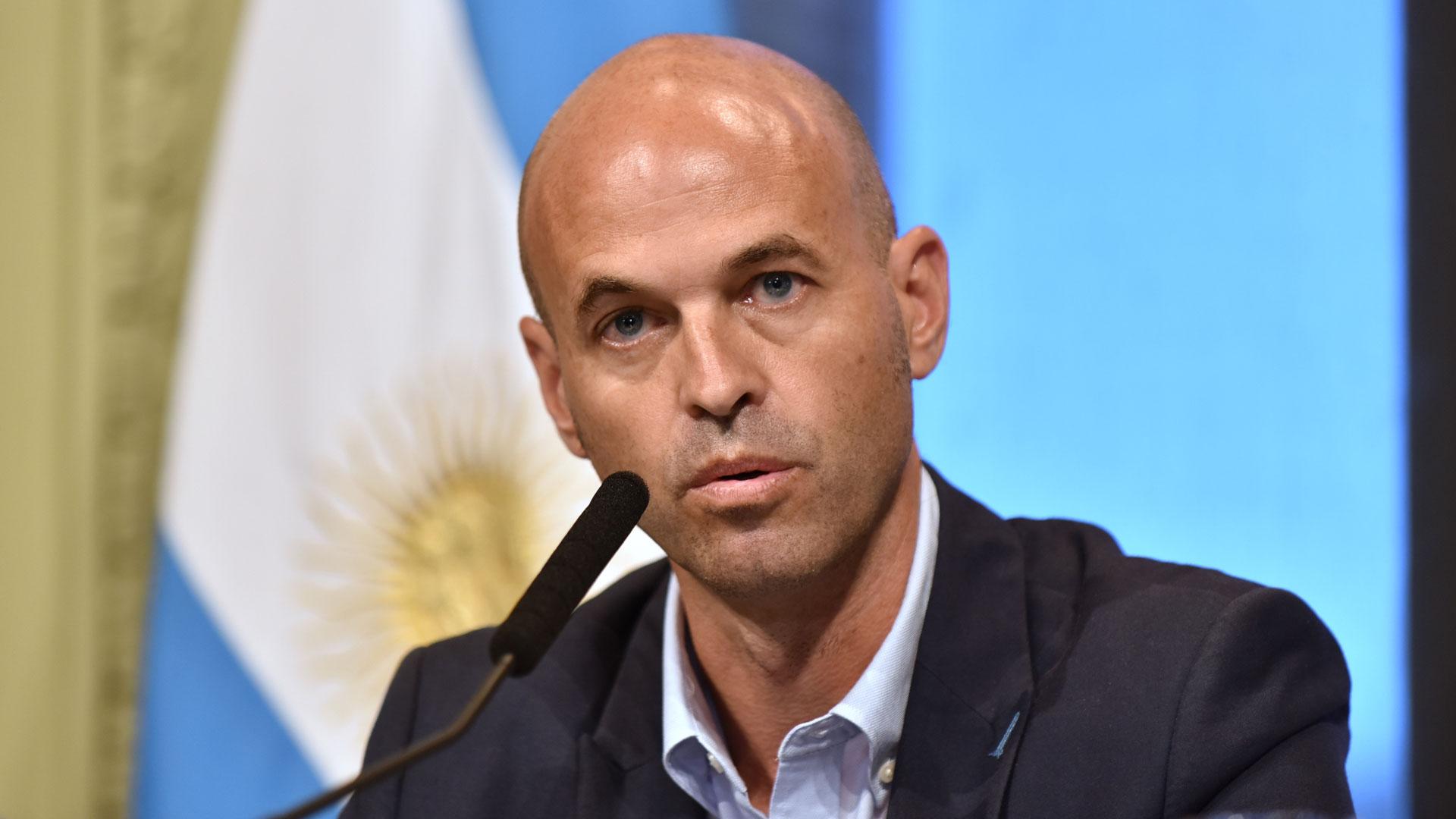 Guillermo Dietrich, ministro de Transporte, se aseguró las primeras partidas para su ambicioso plan de obras de infraestructura vial y ferroviaria (Adrián Escandar)