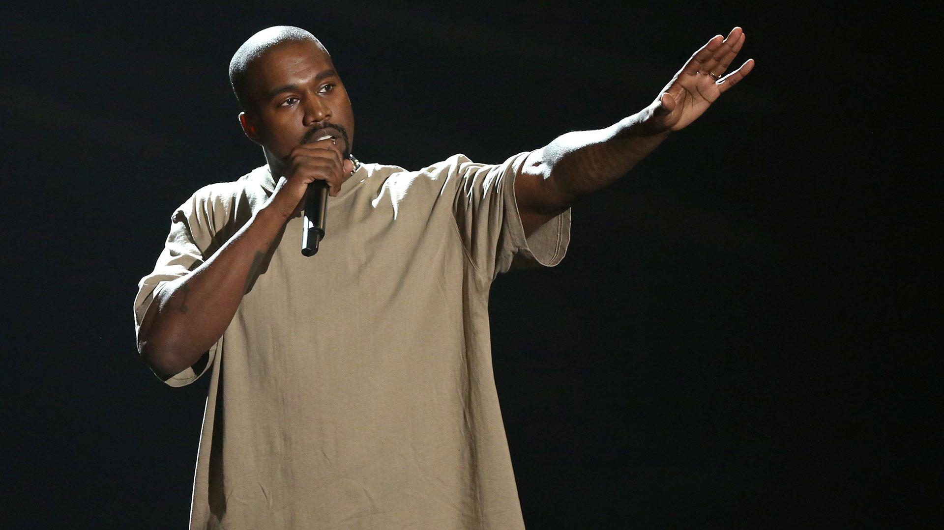 Kanye West tuvo un brote psicótico en 2016 (AP)