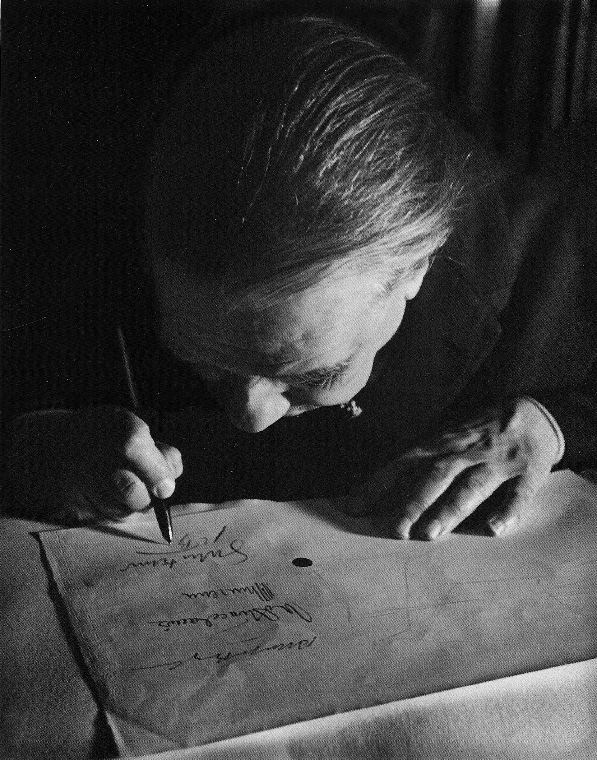 Un presunto prólogo de Borges causó revuelo en el mundillo literario centroamericano