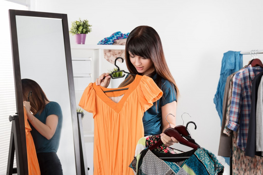Para el 15% de los adultos la vestimenta condiciona el estado de ánimo (Shutterstock)