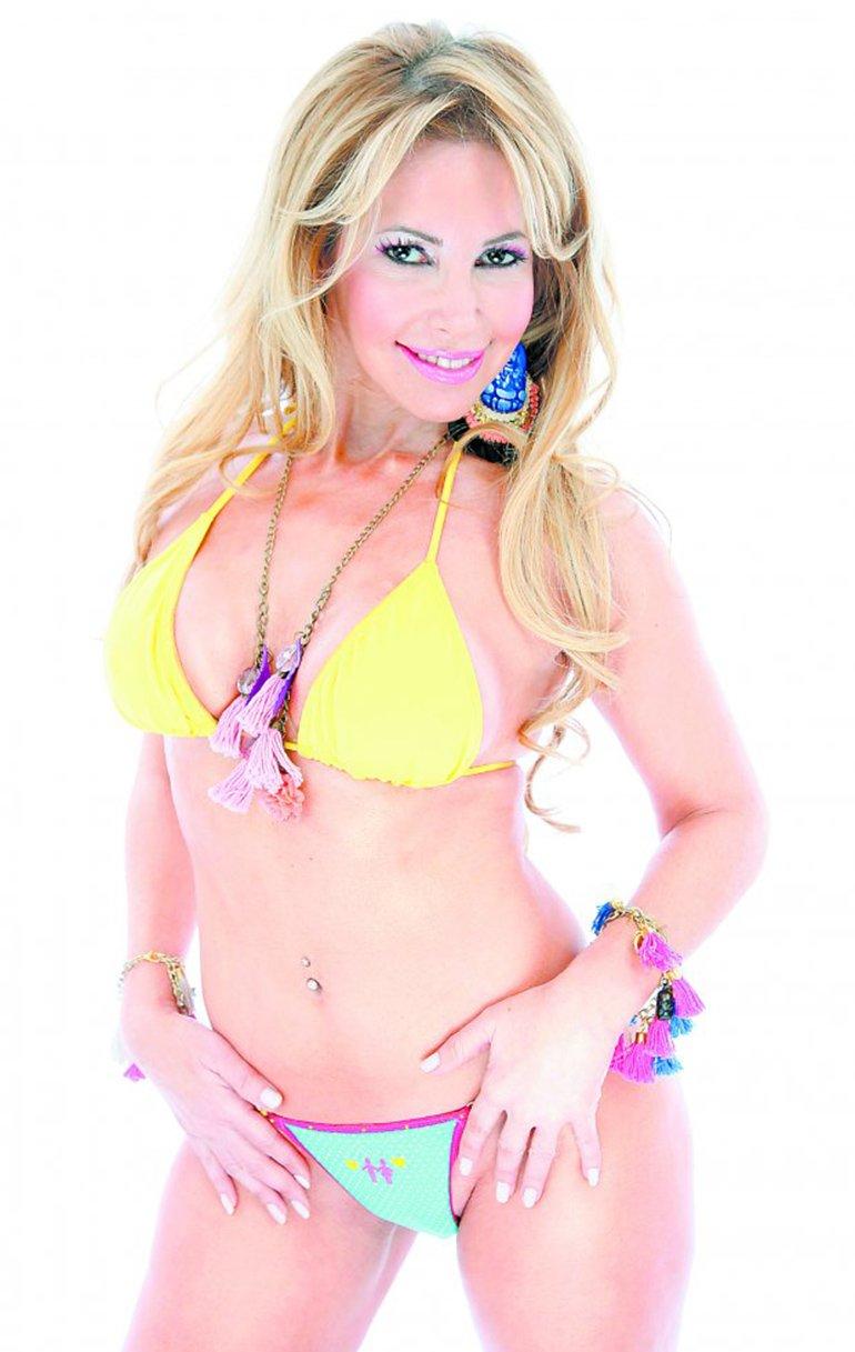 Fernanda Herrera es cantante de cumbia