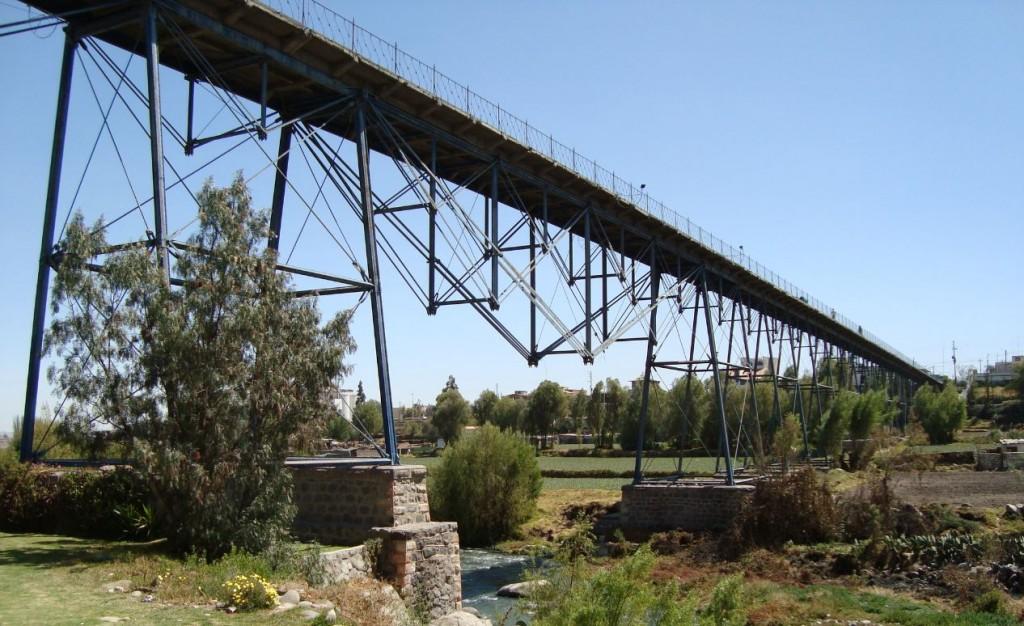 El Puente Bolívar fue el más largo del mundo por 7 años