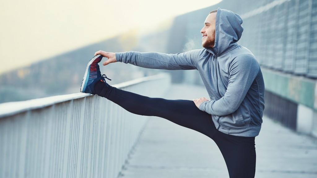 A su vez, el ejercicio también ayuda a dormir bien (Shutterstock)