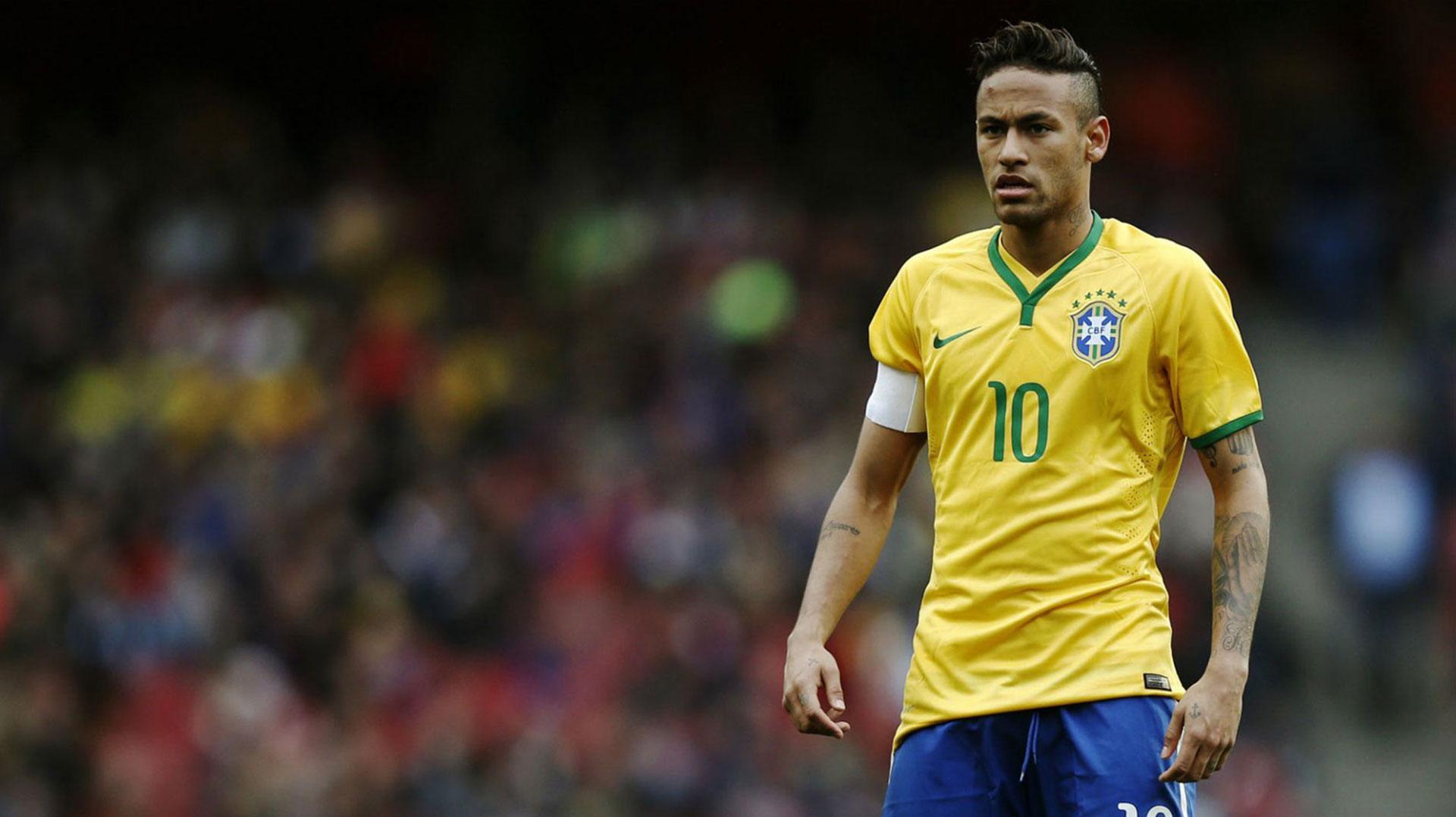Con 24 años, hasta ahora, sólo tiene una Copa Confederaciones con la absoluta de Brasil