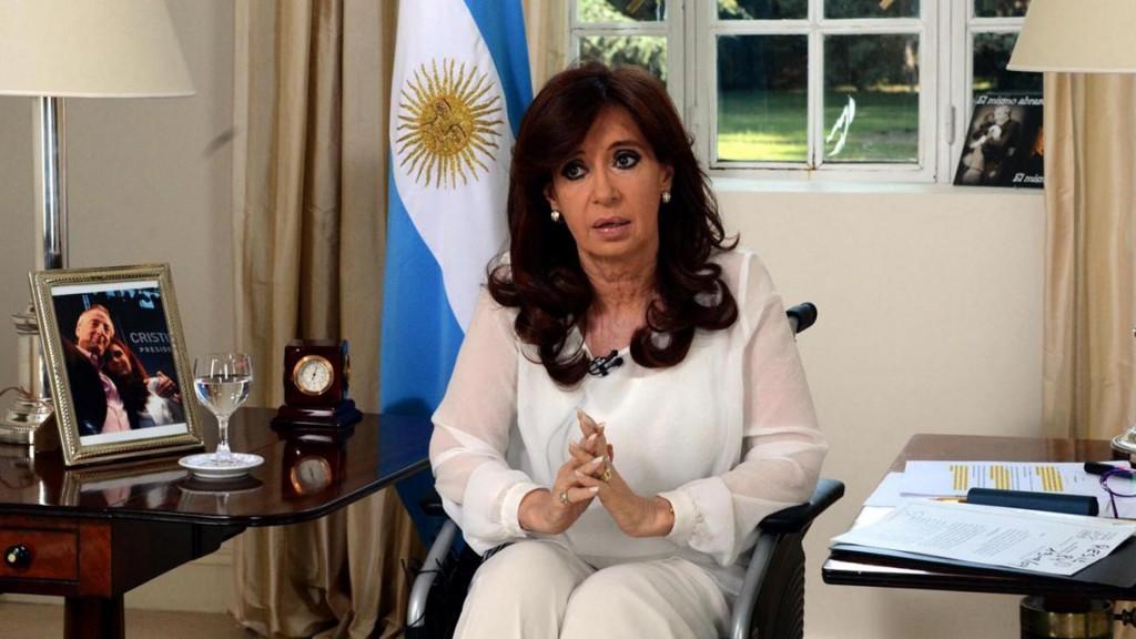 Cristina Kirchner fue acusada por el fallecido fiscal Nisman de encubrir a los iraníes que atentaron contra la AMIA