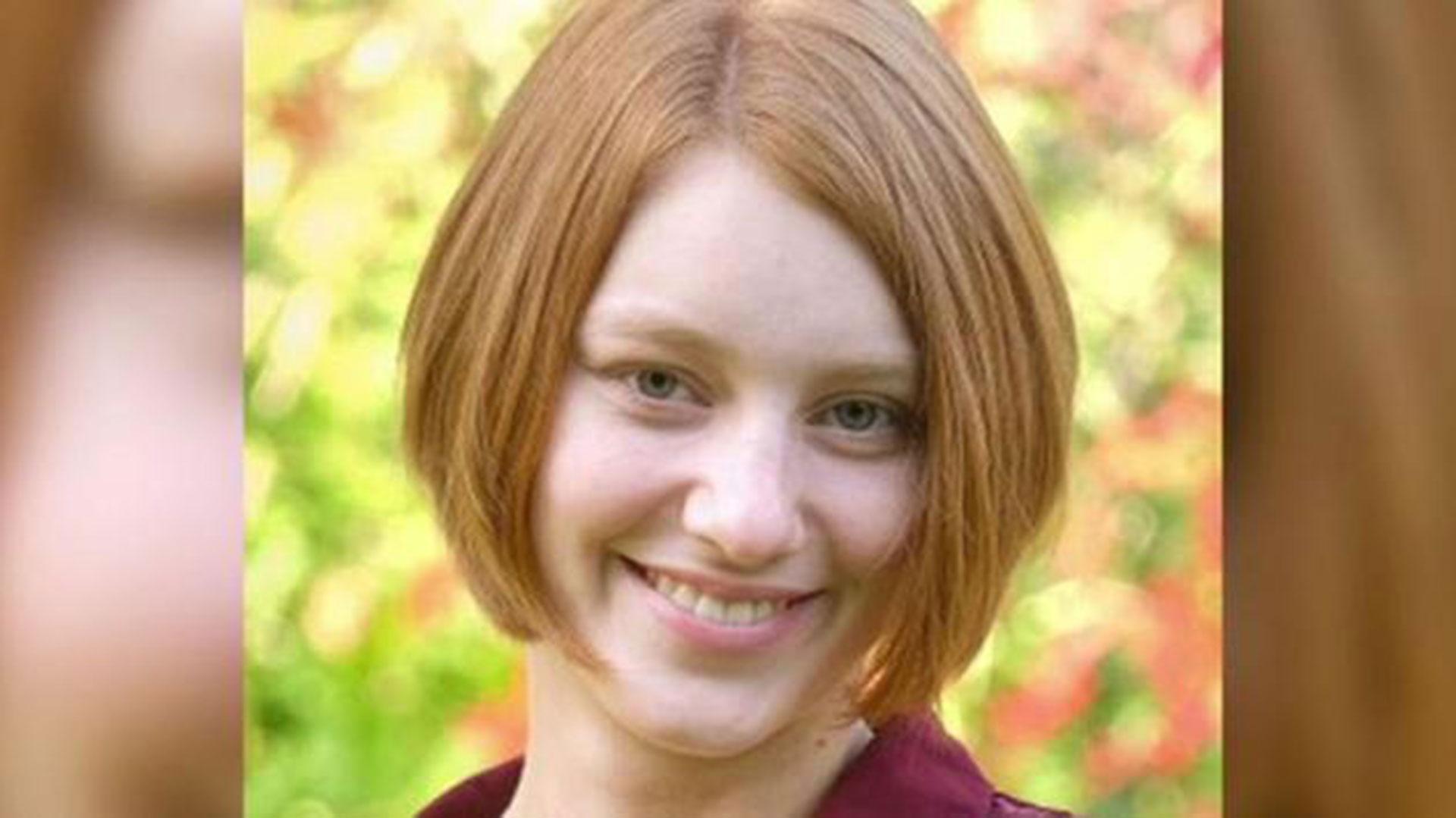 """Lauren Seitz tenía 18 años. Murió como consecuencia de la aparición de la ameba """"comecerebros"""" en su cuerpo"""