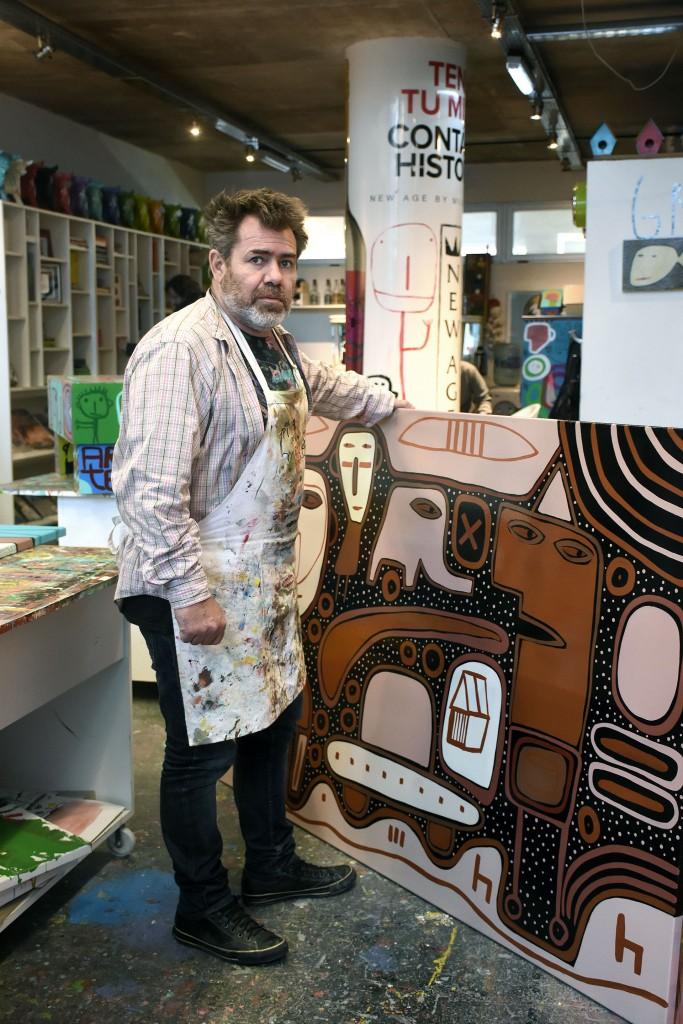 Milo Lockett realiza muchas obras destinadas a ayudar a quienes más lo necesitan (Nicolás Stulberg)