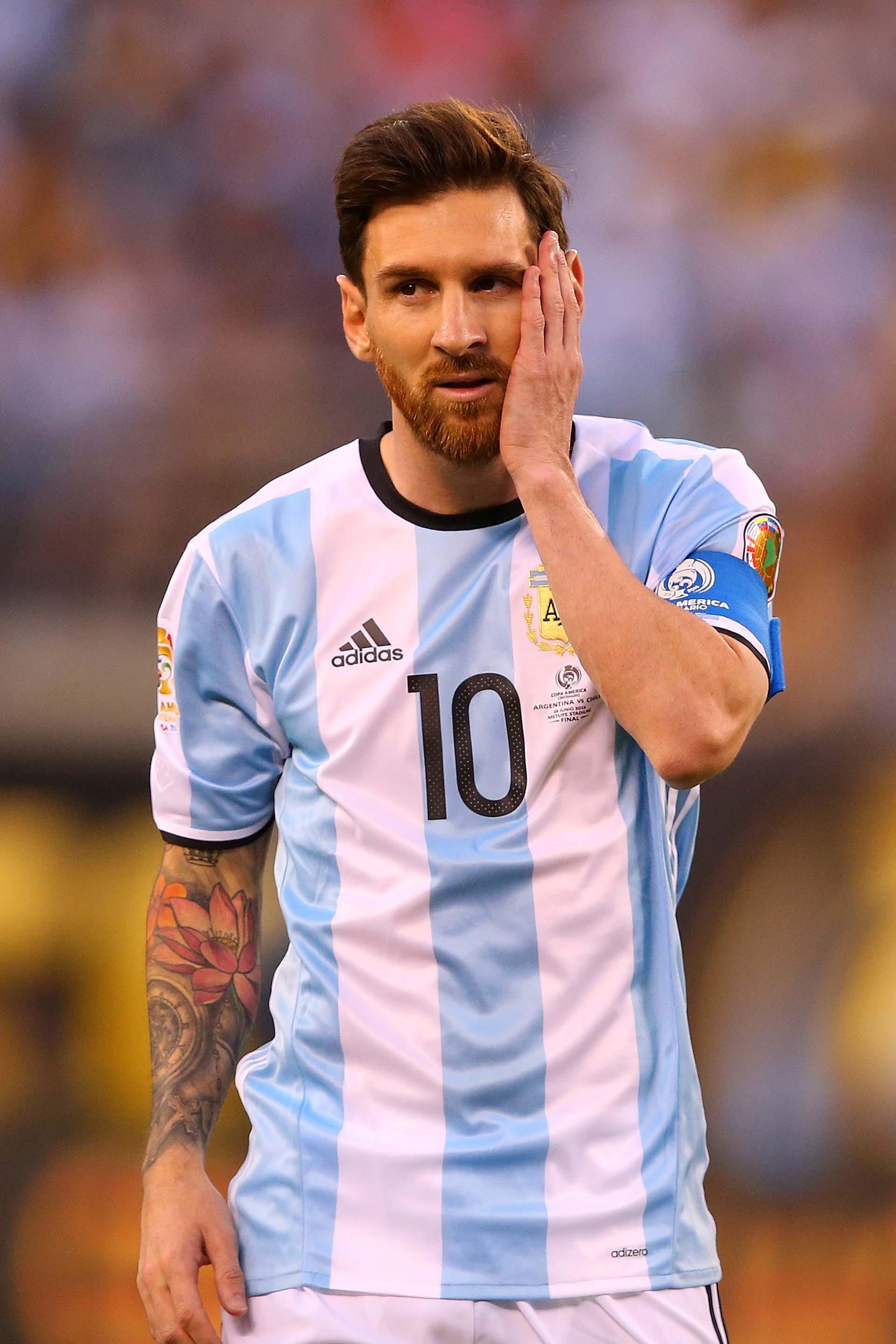 El llanto de Messi tras errar el penal (AFP)