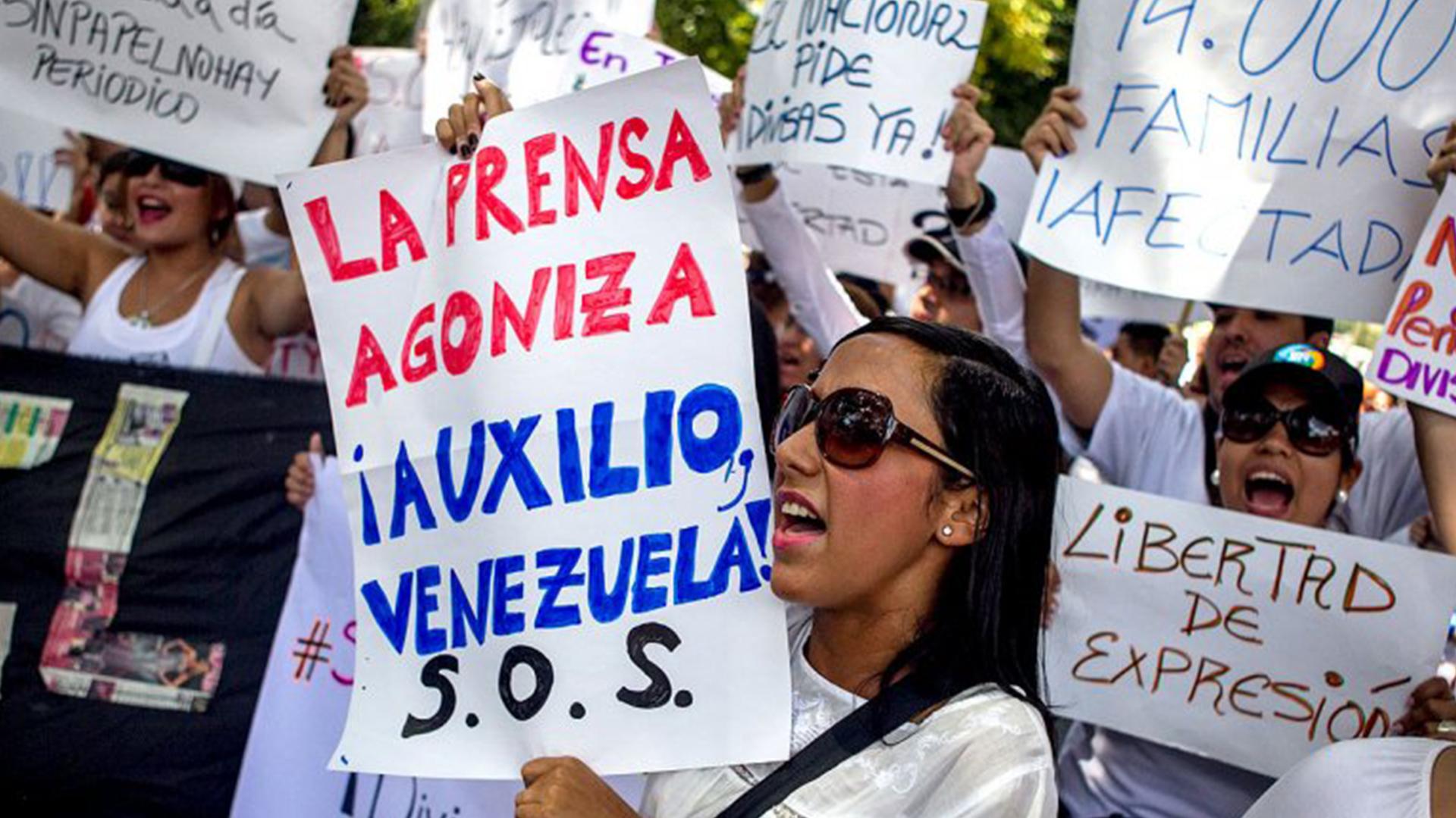 Una de las protestas por la libertad de prensa en Venezuela (EFE)