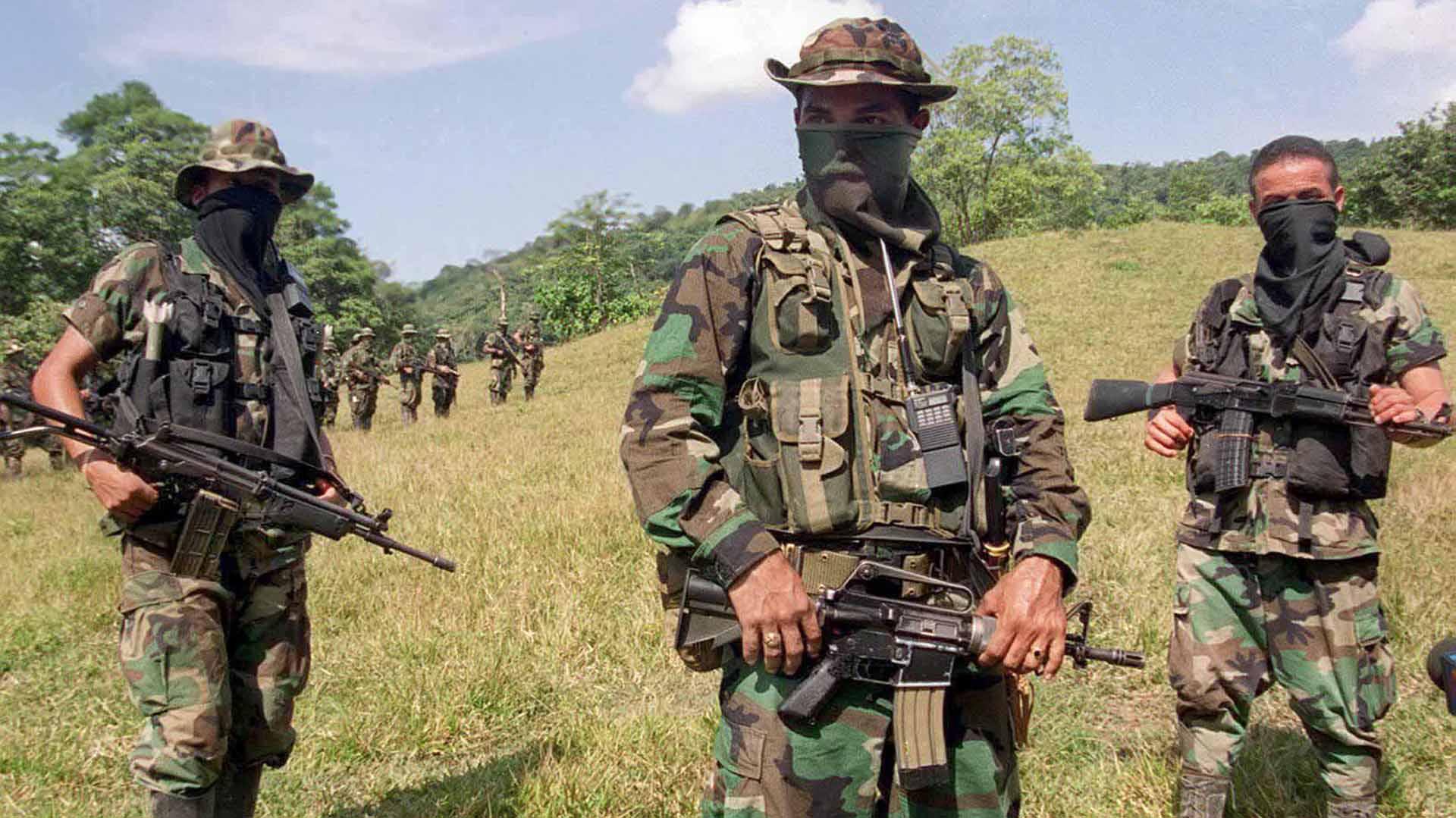 Paramilitares en Colombia (AFP)