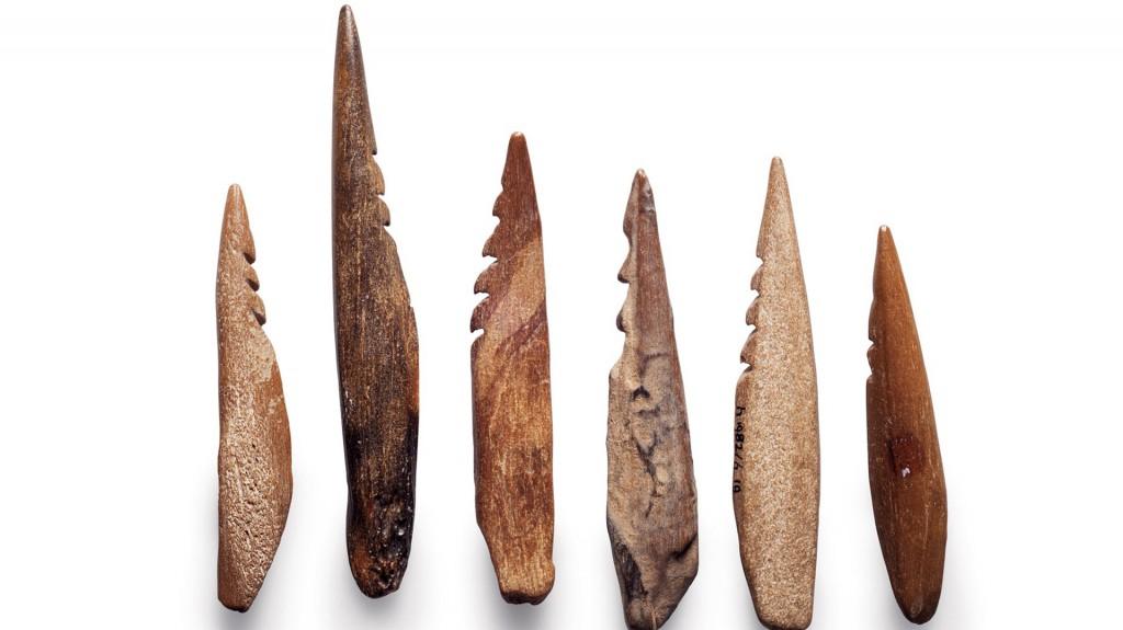 Puntas de flecha de hueso y asta recuperadas en el mar del Norte (Robert Clark)