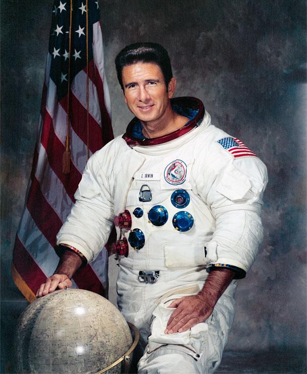 James Irwin, experto matemático, dijo haberse encontrado con Jesús en la luna