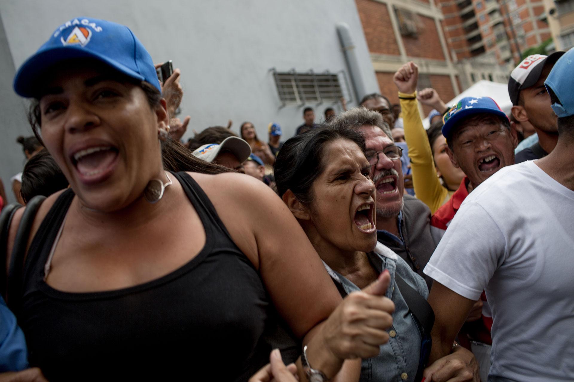 Dos jornadas de protestas en la ciudad de Tucupita conmocionaron Venezuela. Miles de personas exigieron respuestas ante la escasez de alimentos (washington post)