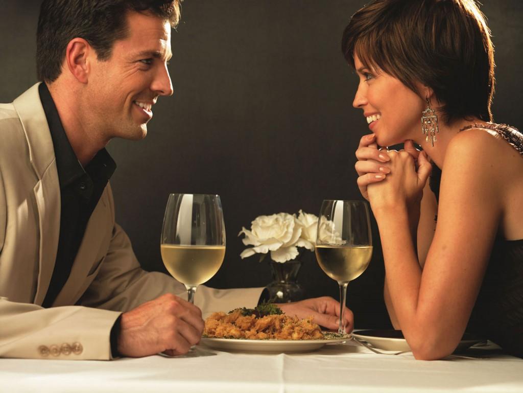 La gastronomía francesa y un buen vino, la combinación perfecta para una cita inolvidable