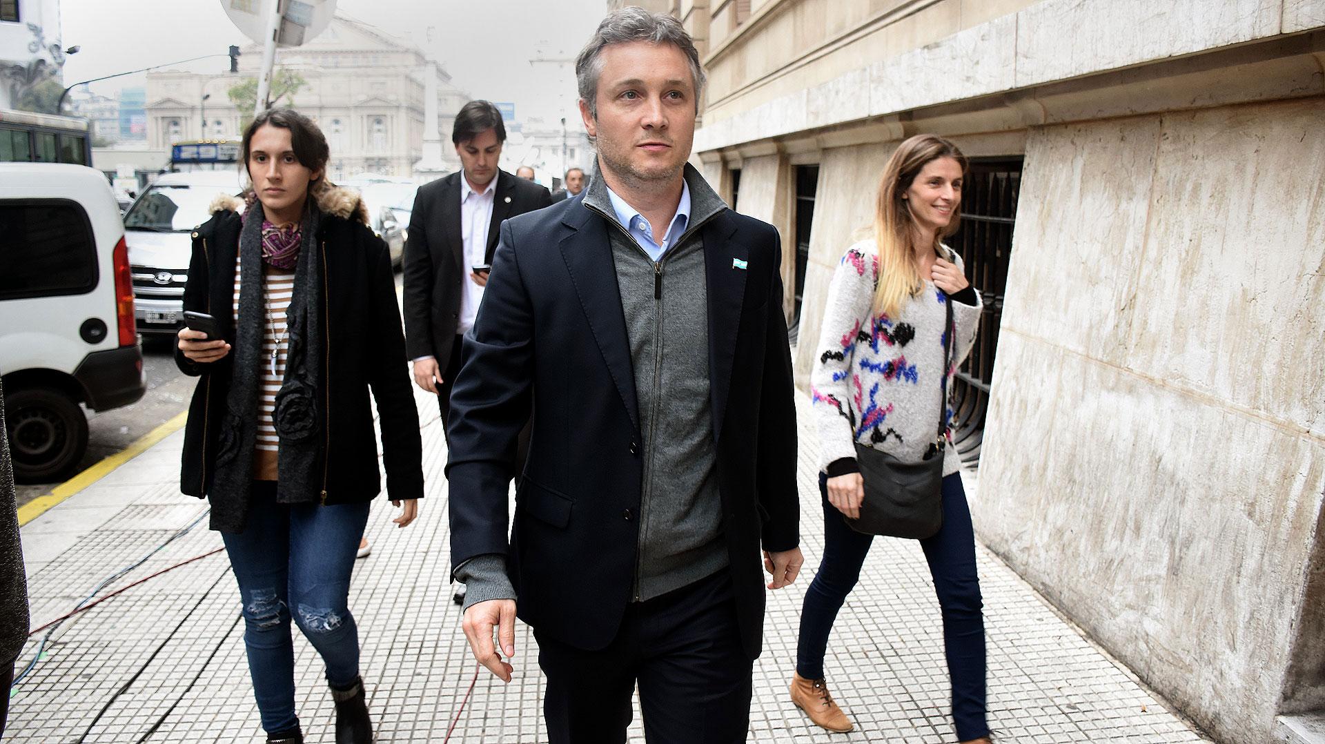 De Andreis dijo que el Gobierno no quiere un cobro adicional para ver los partidos (Nicolás Stulberg)