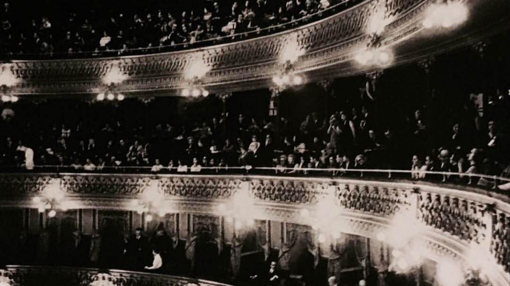 El Teatro Colón fotografiado por Sameer Makarius (Colección Makarius)