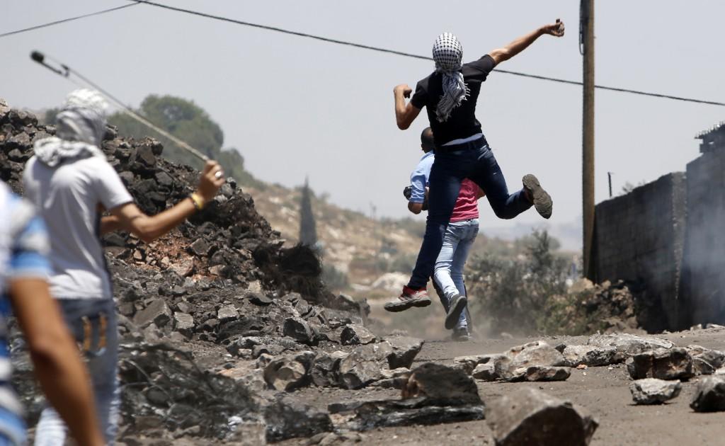 Shinagel lamentó la situación actual de renovada violencia entre israelíes y palestinos (AFP)