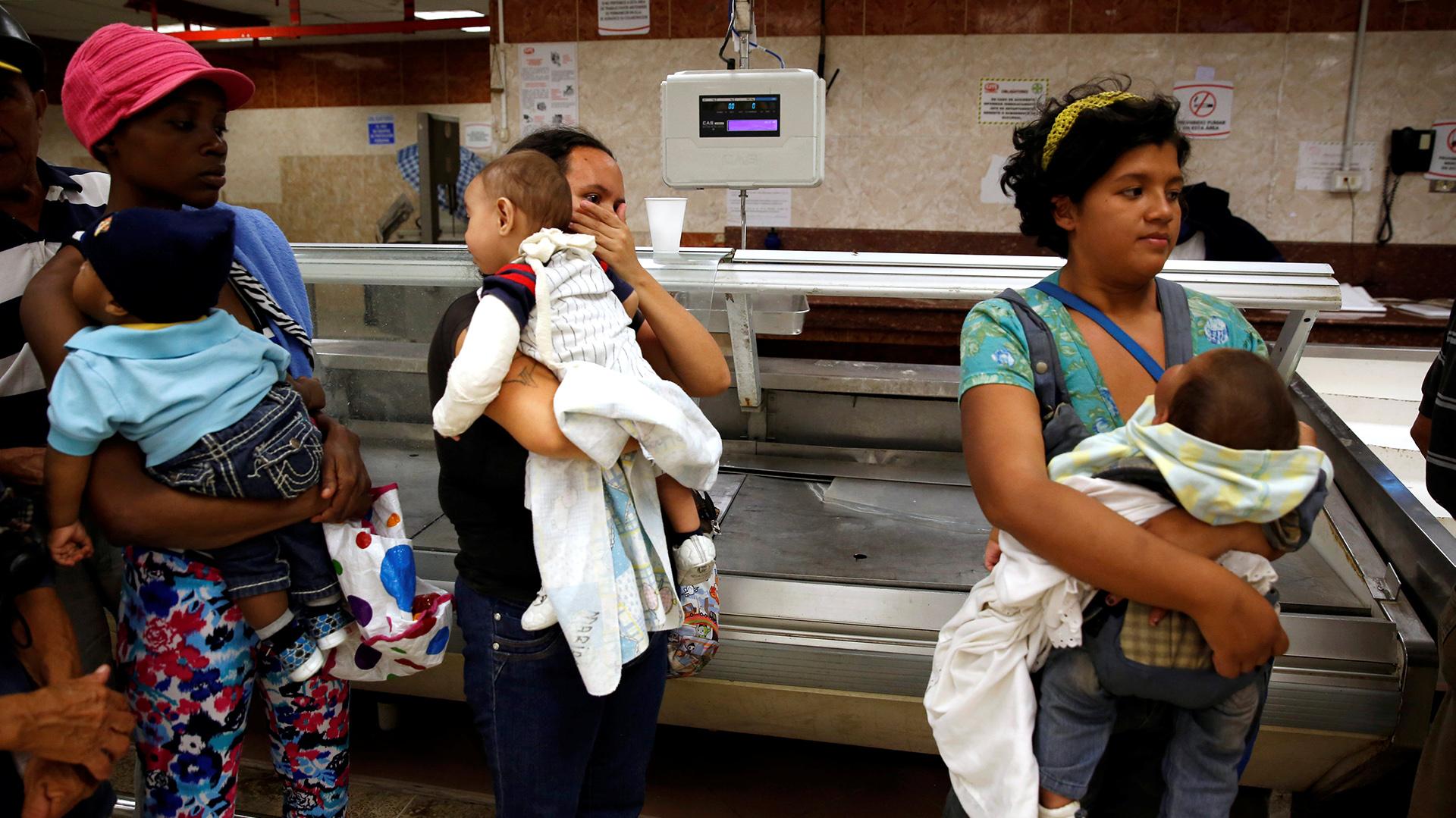 El dirigente opositor Henrique Capriles pidió a la comunidad internacional concentrar sus esfuerzos (Reuters)