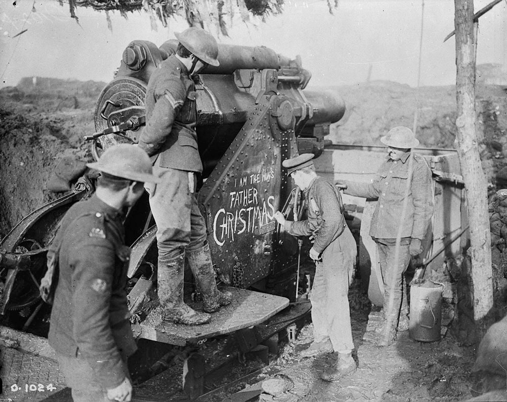 A principios de1916, el frente occidental de la Gran Guerra se encontraba en un punto muerto, con ambos bandos parapetados detrás de las trincheras. El ataque de las fuerzas alemanas sobre Verdún el 21 de febrero de 1916 amenazó con destruir ese equilibrio de fuerzas. Los aliados decidieron contraatacar. La respuesta fue la batalla del Somme (Reuters)