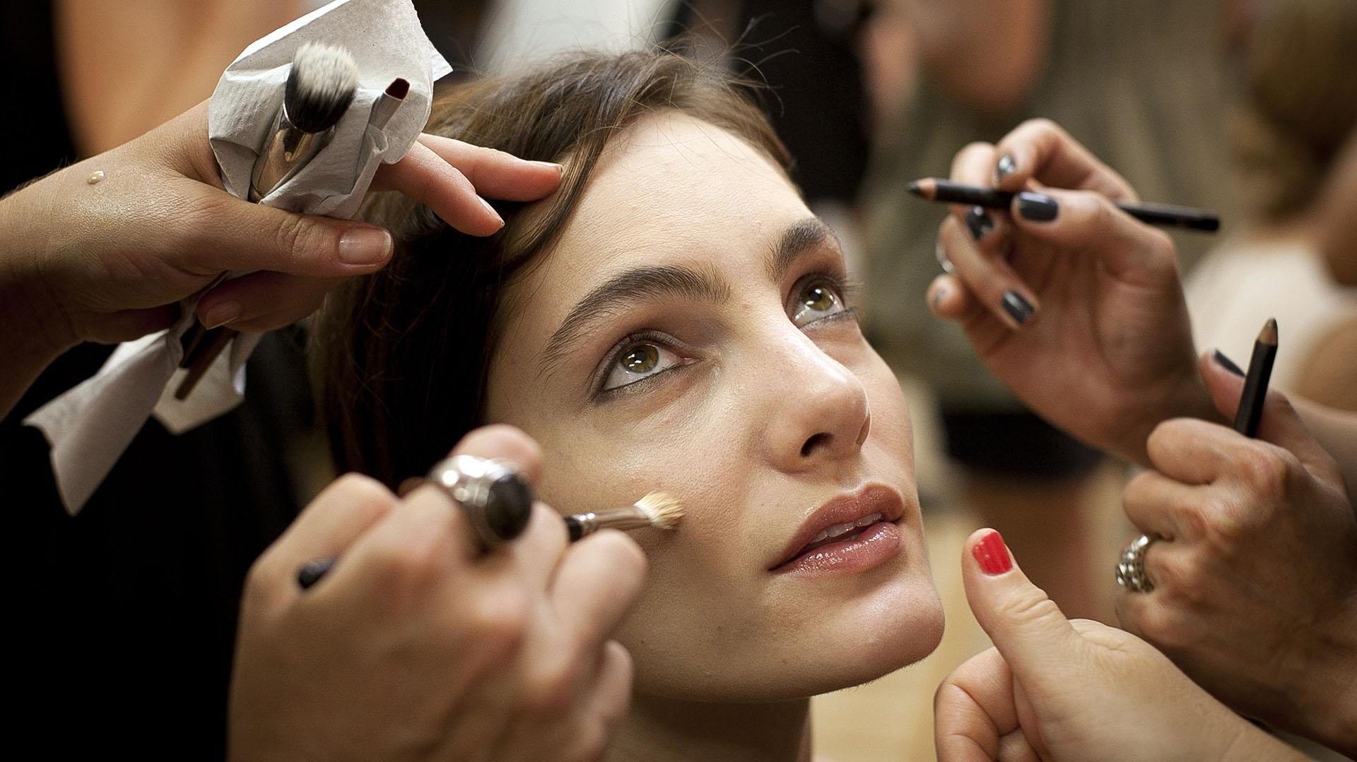 De acuerdo a algunas investigaciones, 8 de cada 10 mujeres se maquillan más de tres veces por semana