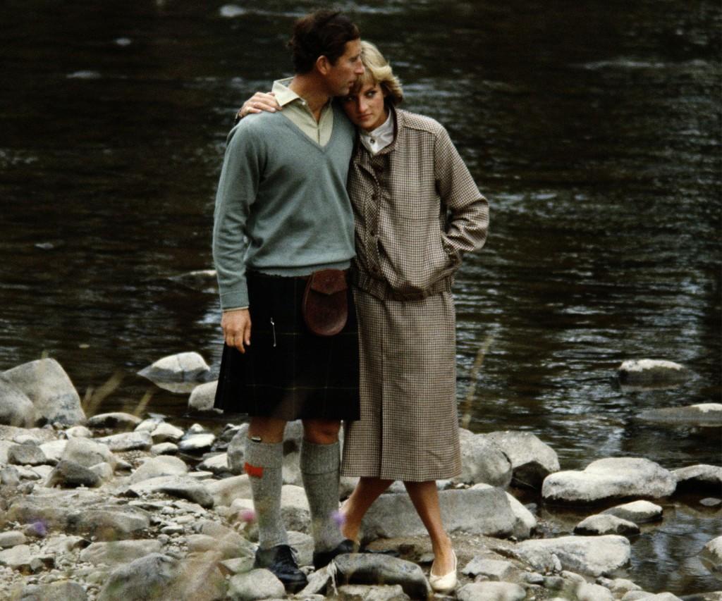 Hubo amor. Vacaciones sin hijos. Tiempos aún felices para Charles y Diana, ambos muy jóvenes. El le llevaba 13 años