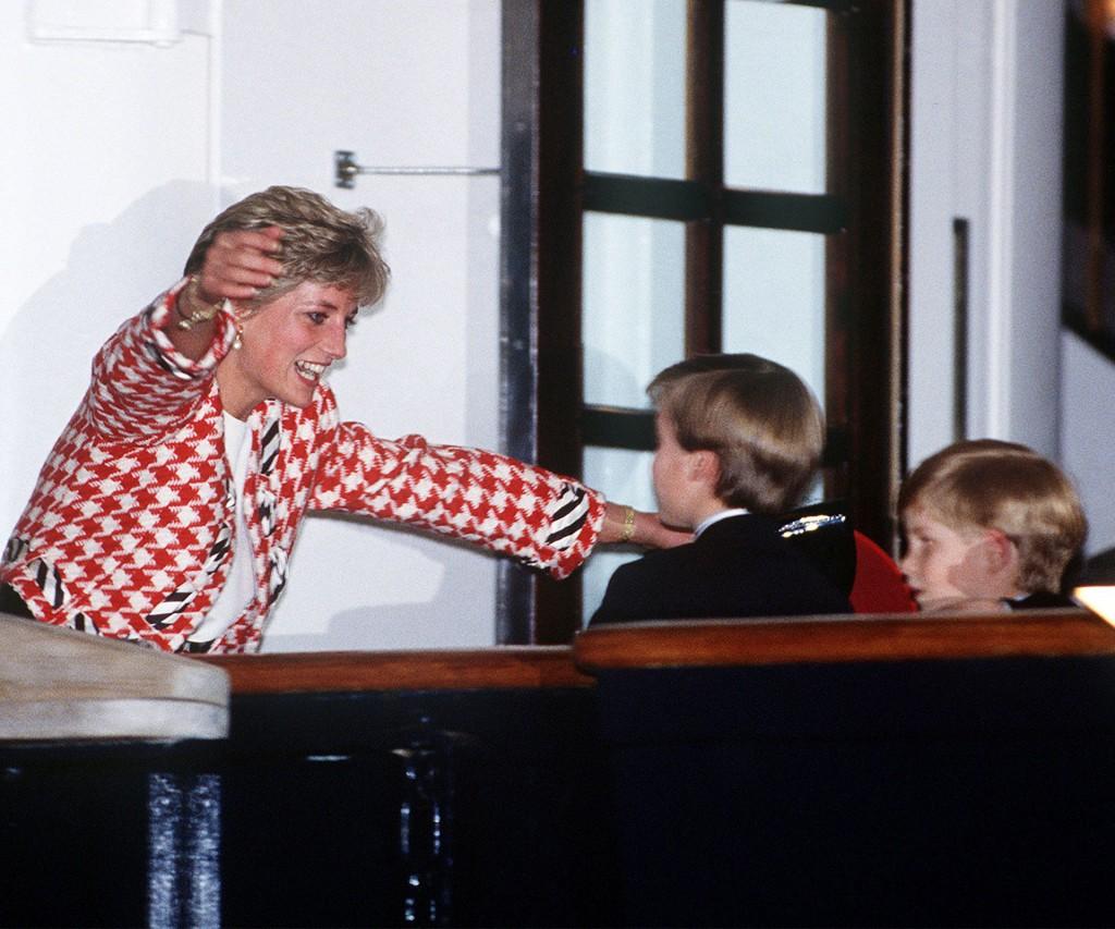 Para Diana, sus hijos siempre fueron una prioridad y la razón por la cual aguantó los desplantes de la familia Real.
