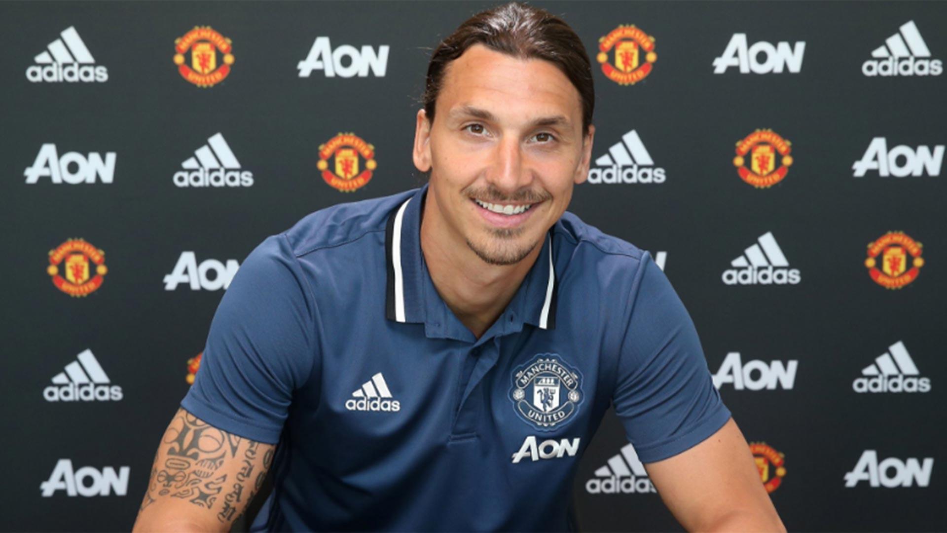 Zlatan Ibrahimovic anunció su pase al Manchester United