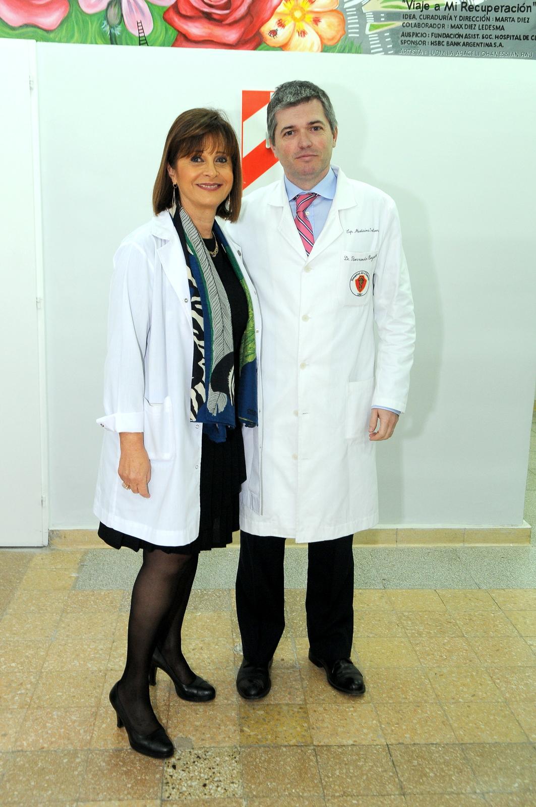 Myriam Levi, miembro de la Fundación, y el director general del Hospital de Clínicas,Bernardo Bergroth
