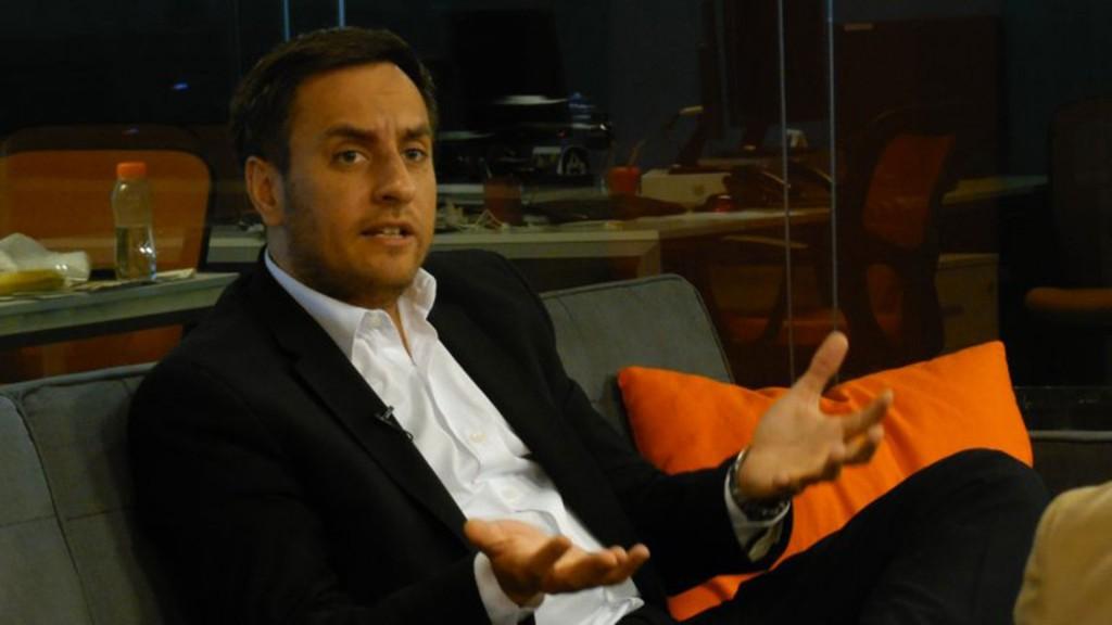 El diputado de La Cámpora, Juan Cabandie, cuestionará ante la justicia federal la medida.