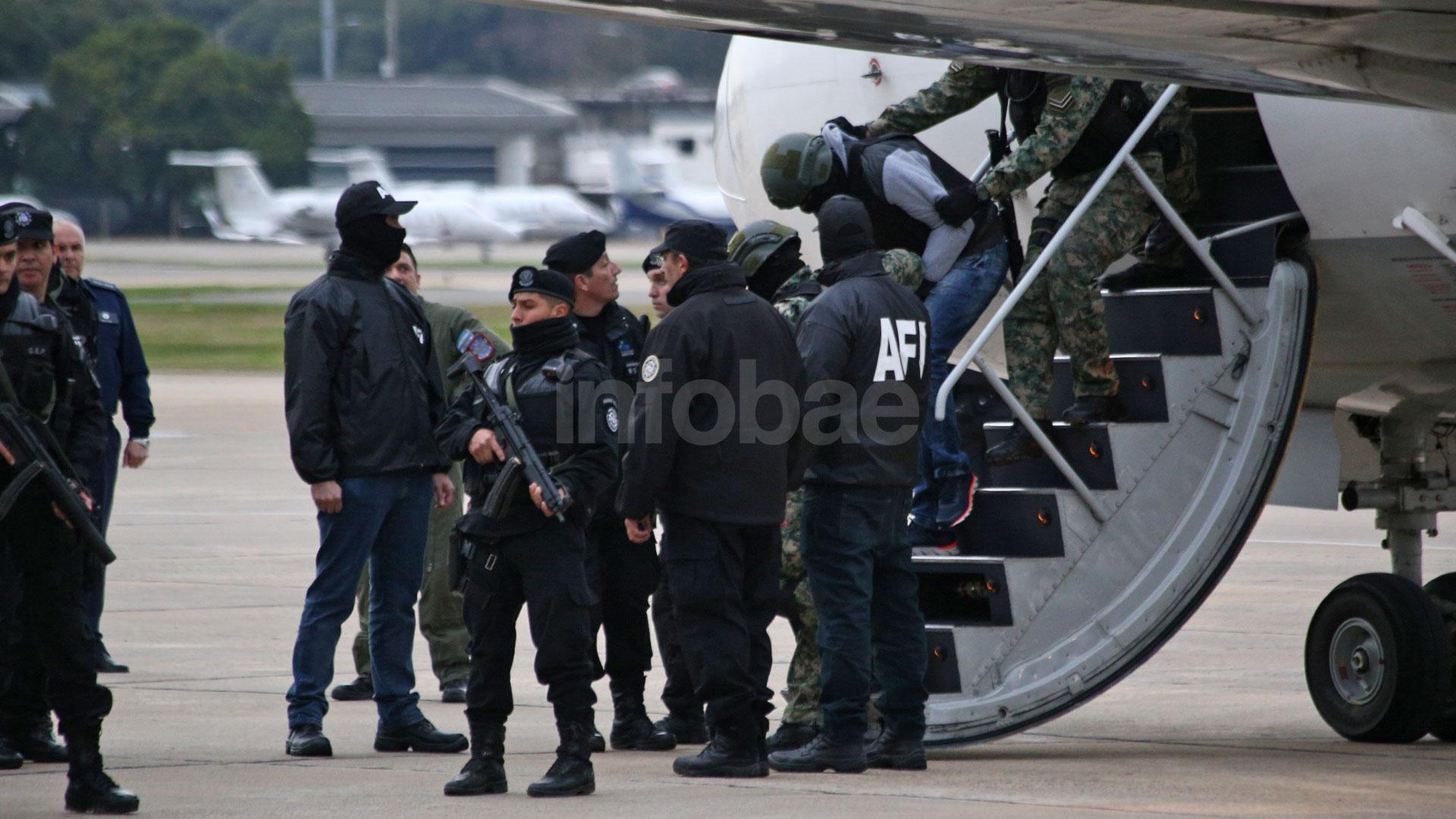 Ibar Pérez Corradi llegó en medio de un fuerte operativo de seguridad (Infobae)