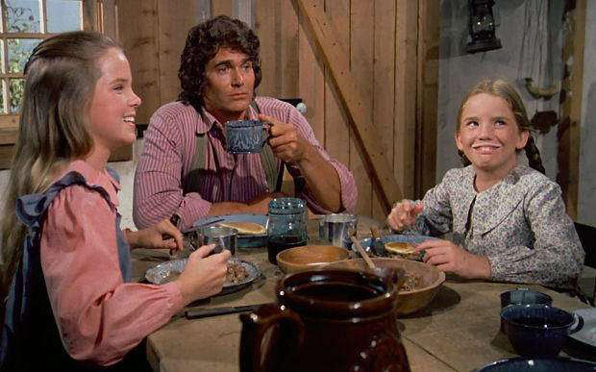 """La familia Ingalls"" comiendo"