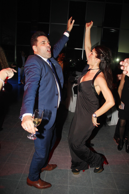 Mariano Iúdica bailando con su mujer