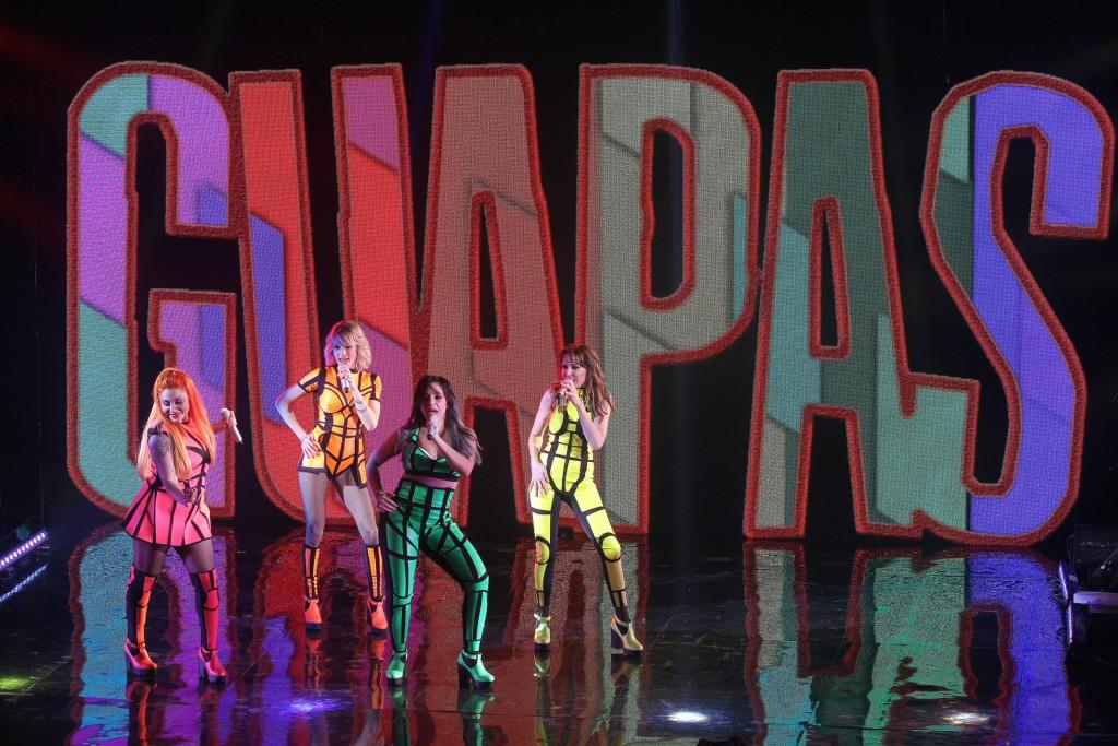 """Las chicas cantaron su hit """"Guapas"""""""