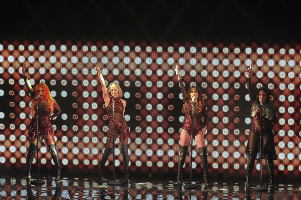 Súper sexys, las chicas de Bandana en el escenario