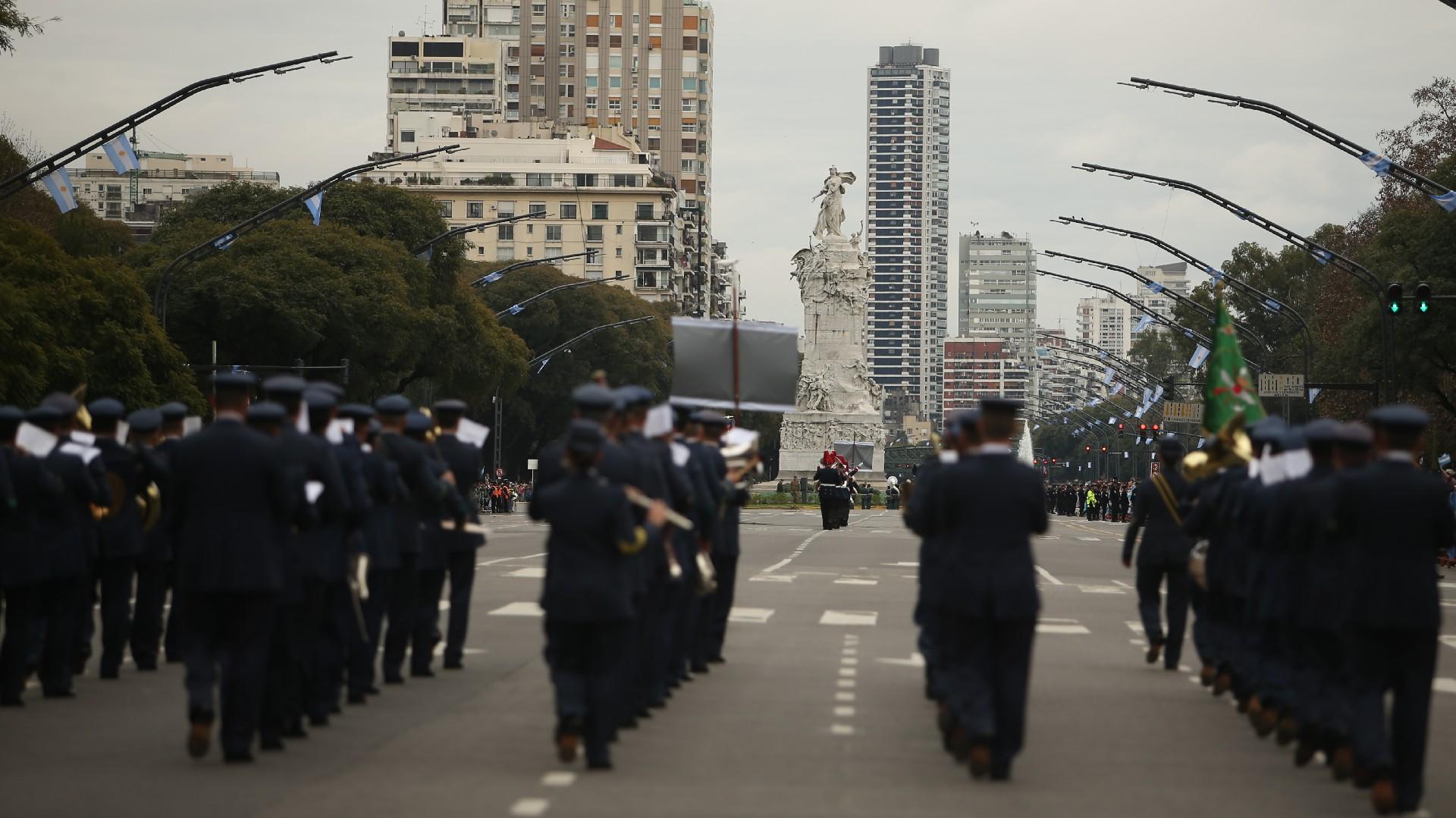 Festejos por el Bicentenario de Argentina Desfile-Bicentenario-1920-14