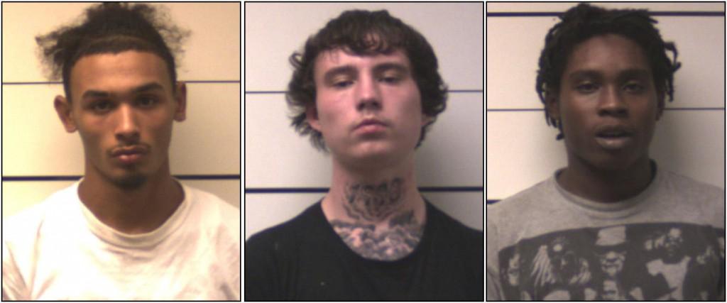 Los sospechosos detenidos con un arma (Departamento de Policía de O'Fallon)