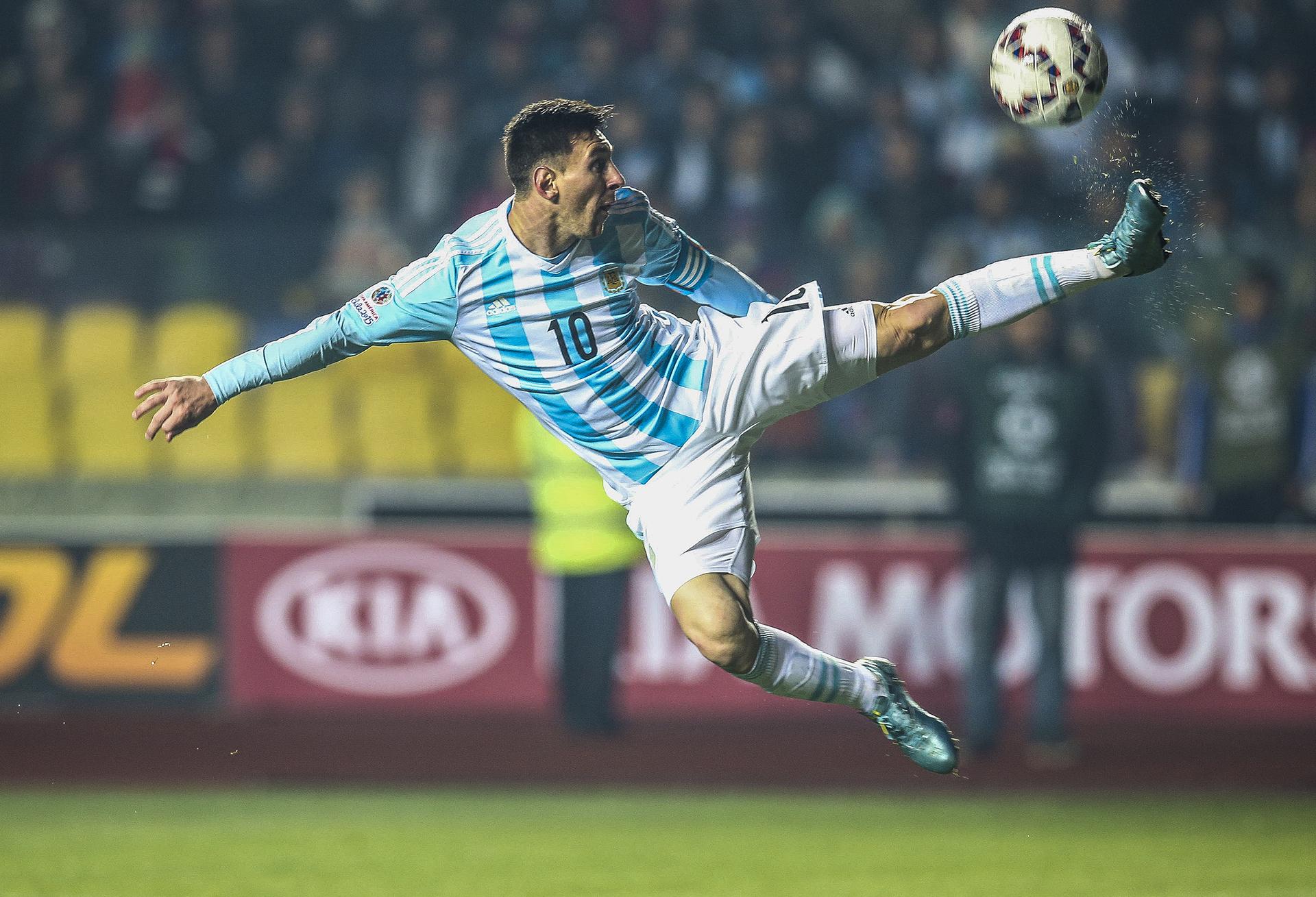 Lionel Messi, en la ciudad de Concepción ante la selección de Paraguay, durante la Copa América (Juan Roleri)