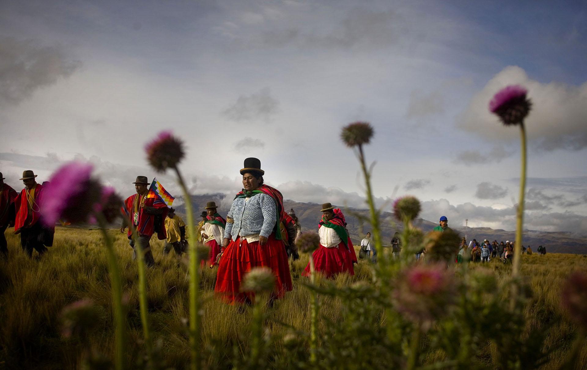 Ceremonia ancestral realizada en el sitio arqueológico de Tiwanaku en homenaje a Evo Morales (Nivolo Facundo)