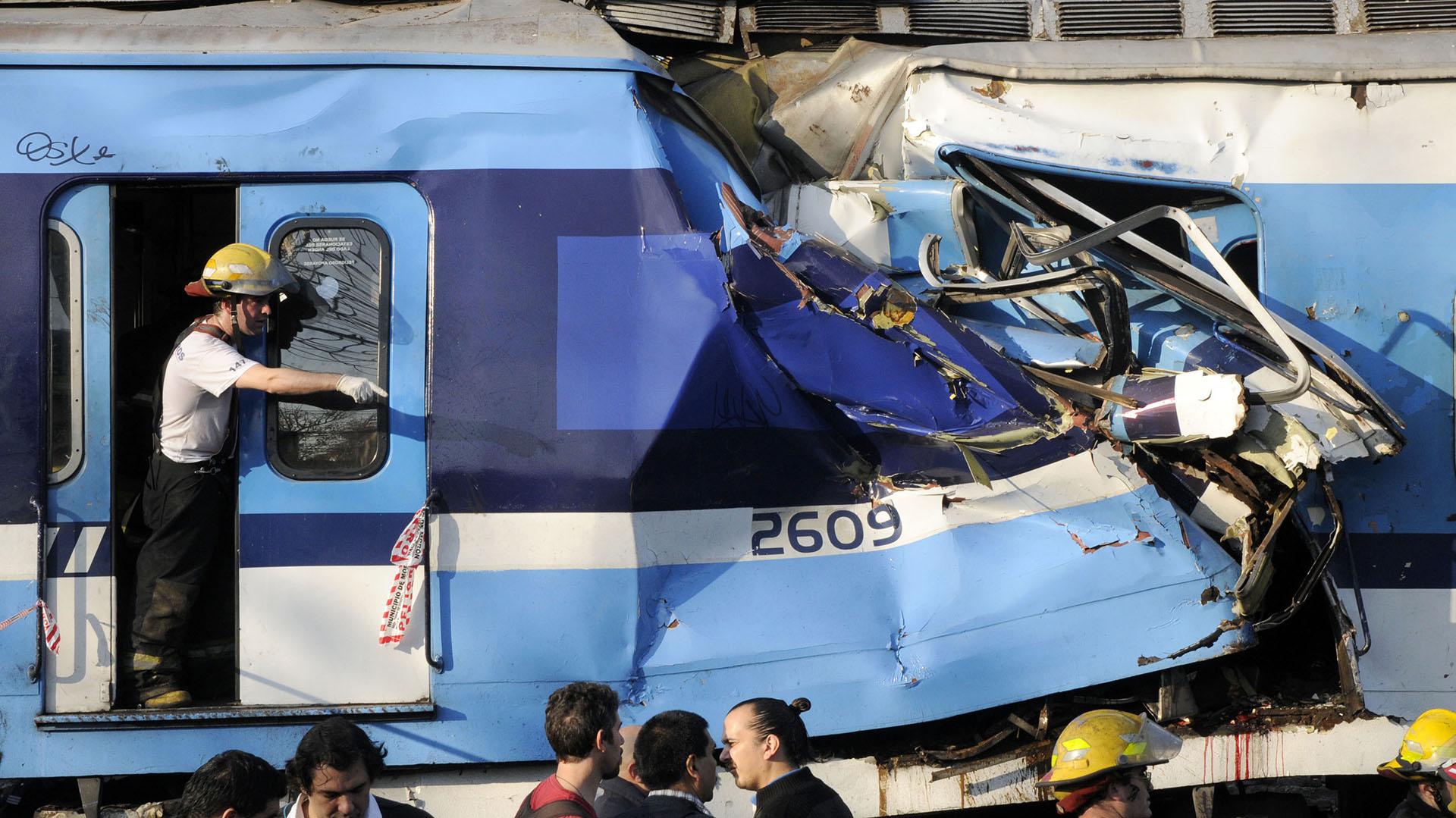 Uno de los vagones del tren Sarmiento: el choque dejó 51 personas muertas (NA)
