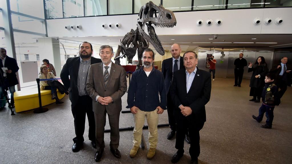 De izquierda a derecha: Rubén Juárez Valieri, Alejandro Ceccatto, Sebastián Apesteguía y el ministro Lino Barañao (Nicolás Stulberg)