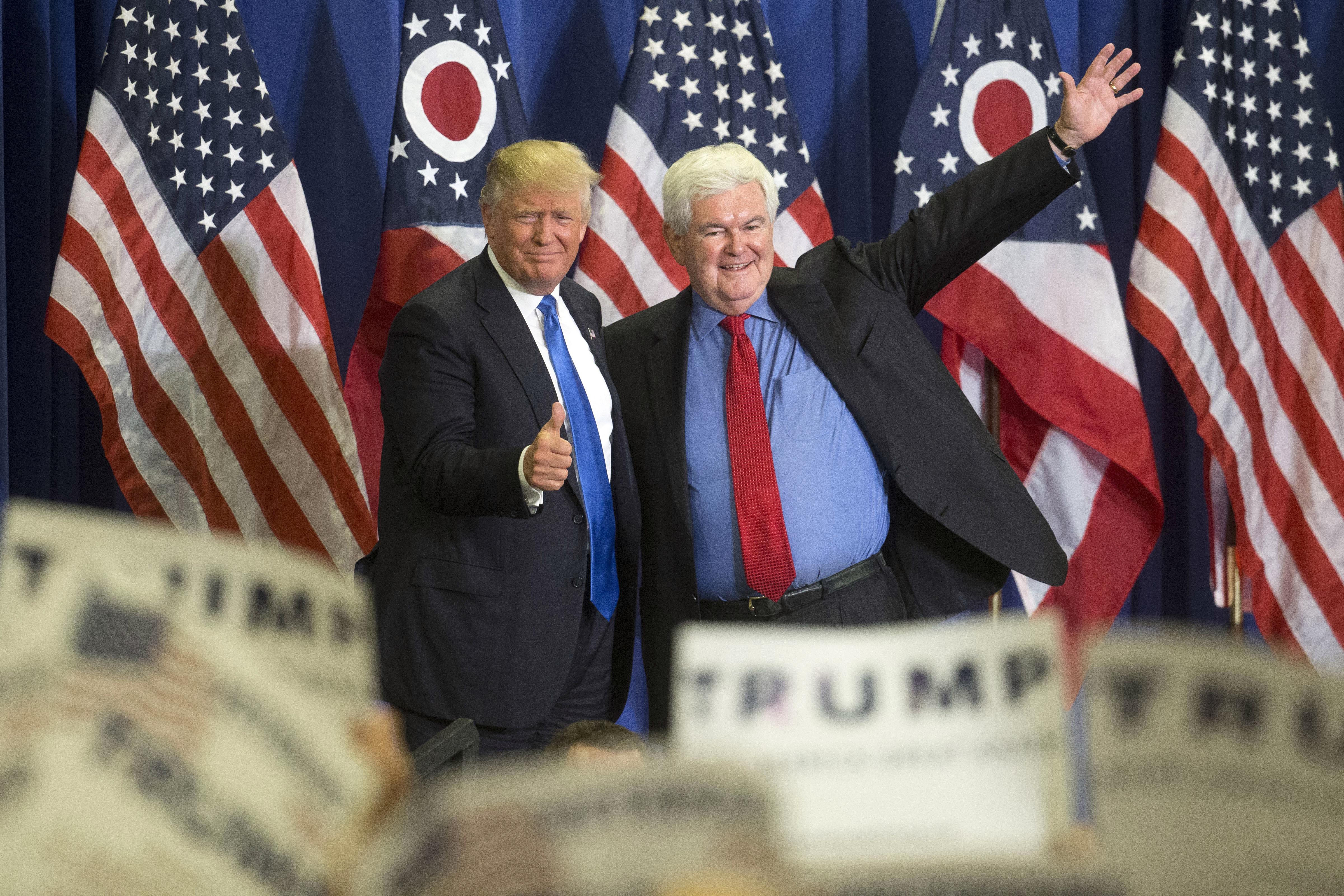 Donald Trump y Newt Gingrich (AP)